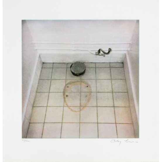 Details | Toilet trace