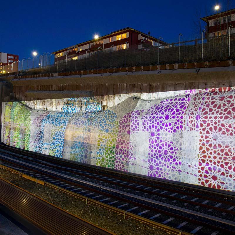 Offentlig utsmyckning på Norsborgs tunnelbanestation i Stockholm