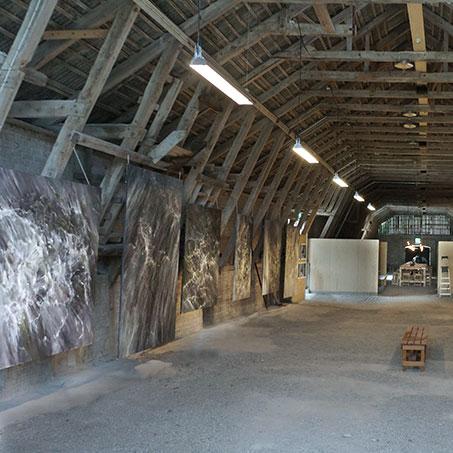 Ann Frösséns utställning i Kalkladan på Gotland
